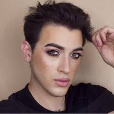 s would you date a guy who wears makeup