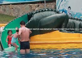 water park equipment crocodile slide commercial small fiberglass water slide