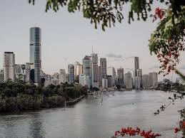 Queensland premier annastacia palaszczuk announced this morning that from 6 pm today, tuesday 29 june 2021, south east queensland, townsville. Brisbane S Lockdown Has Been Extended For Another 24 Hours Urban List Brisbane