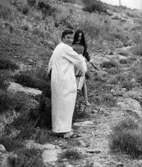 Franco Zeffirelli And Olivia Hussey While Filming Romeo And Juliet In 1967