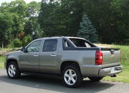 Truck chevy 2007 truck : 2007 Chevrolet Avalanche Review and Test Drive by Car Reviews And News