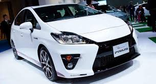 2018 Toyota Prius SUV Review, Release Date, Engine, Price and Photos