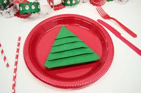 REALLY EASY Christmas Tree Napkin Fold | Party Delights Blog
