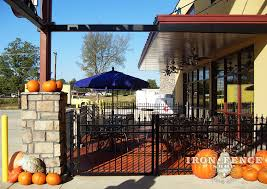 restaurant patio fence. Simple Restaurant 4ft Tall Signature Grade Aluminum Fence Around A Commercial Patio Throughout Restaurant T