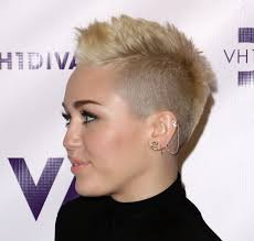 Miley Cyrus Hair Style miley cyrus hairstyle makeup dresses shoes and perfume celeb 8165 by wearticles.com