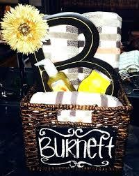 bridal shower gift basket good bridal shower gifts bridal shower gift basket ideas perfect best wedding