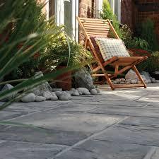 paving stones b q. paving stones b q