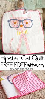 Best 25+ Cat quilt ideas on Pinterest | Cat quilt patterns ... & Hipster Cat Quilt Adamdwight.com