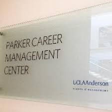 """UCLA Anderson Parker on Twitter: """"#AnderIntern Jennifer Wu '17 spent the  summer with her #AnderBoss Aaron Hirschorn '05 at the paw-pular @DogVacay.…  """""""