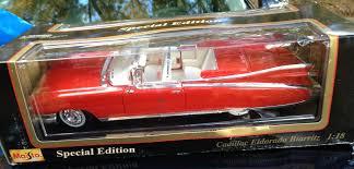 1959 Cadillac Eldorado Biarritz 1:18 Scale Model   Coin Collectors ...