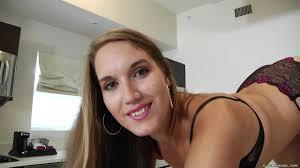 Gorgeous Model Nikki Stone with Large Butt BigBootyTube