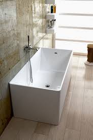 Small Bathtub Shower Best 20 Small Bathtub Ideas On Pinterest Small Bathroom Bathtub
