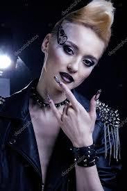 Módní Rocker Styl Modelu Dívka Portrét účes Rocker Nebo Punk žena