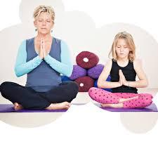 children yoga teacher with karen wightman