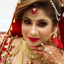 traditional indian bride with soft eye makeup shikha dua