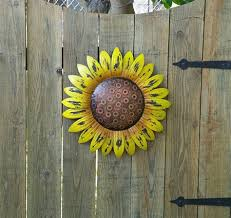There are many rustic wall decor ideas that can make your home truly unique. Rustic Outdoor Wall Decor Ideas Page 1 Line 17qq Com