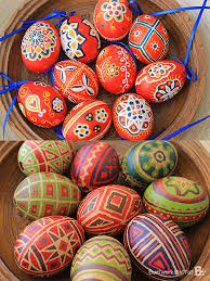 i made those easter eggs with a wax resist batik technique you apply a pattern with beeswax on the eggs and dip the egg in dye