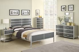 Silver Bedroom Furniture Sets Silver Bedroom Furniture Sets Reflect A Clean And Clutter Free