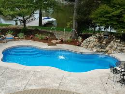 Pool Design Pool Landscaping Ideas For Small Backyards Small Swimming Pool