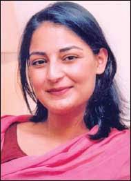 Pia Singh - pia-singh