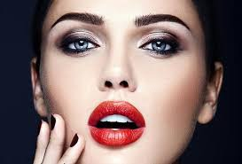 makeup how to wear red lipstick and smoky eyes can you