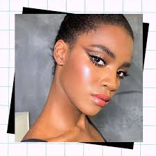 40 makeup ideas to wear with a black dress