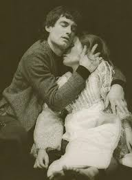 Romeo_and_Juliet_1973_Romeo_lovingly_cradles_Juliet_believing_her_to_be_dead_Act_5_Scene_3._Reg_Wilson_c_RSC_142.o_2607_24a  Romeo And Juliet ...