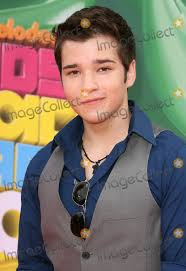 nathan kress abs. how old is nathan kress 2011. abs