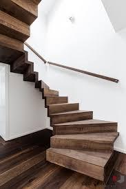 Ist der telefonanschluss im flur, nutzen sie am besten ein schnurloses telefon. 15 Geniale Treppen Die Wenig Platz Beanspruchen Homify