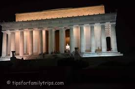 lincoln memorial at night black and white. lincoln memorial at night black and white s