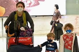 australia tells citizens to come home