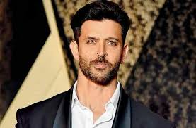 Hrithik Roshan to give desi twist to Night Manager? - Cine GupShup
