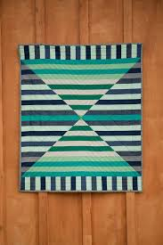 beautifully executed barn door quilt by mice bartholomew this is the most amazing quilt in my favorite colors