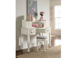 Bedroom Home fice Sets New Look Furniture Lake Charles LA