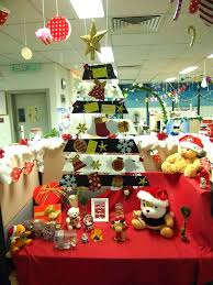 office decorating ideas for christmas. Christmas Decoration Ideas For Office Simple Creatively Arrange Tree With Lovely Festival Decorating F