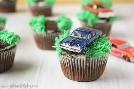 30 Cool Cupcakes For Automotive Engineers Cupcakes Gallery