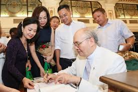 Image result for Hinh Vũ Thanh An ve Viet Nam