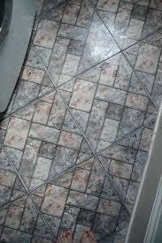 remove floor tile of the quarter round i recommend trying to save it when you was remove floor tile