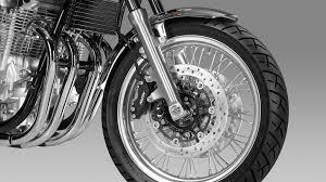 cb1100 ex modern classic street motorcycles honda uk honda cb1100 ex street studio wire spoke wheels detail