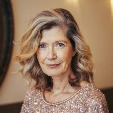 Women over 60 today have come out in the open to embrace their natural beauty and shine, shunning away old hairstyles and embracing top hairstyles, experimenting with different styles of hair cutting. 60 Popular Haircuts Hairstyles For Women Over 60
