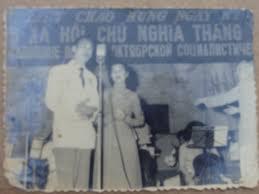 Kết quả hình ảnh cho câu hò trên bến hiền lương - Văn Hanh