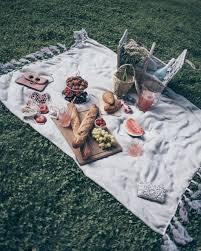 Best Picnic Table Designs Picnic Table Ideas Food Blanket Basket Best Friends Girl