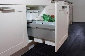 Abfallzentrum In Der Küche