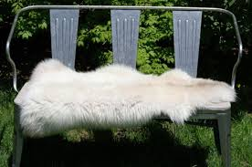 rare breed natural cream color sheepskin rug 43 x 24