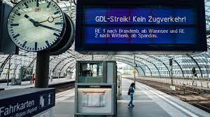 Check spelling or type a new query. Bahnstreik Unverstandnis Und Kritik An Der Gdl Tagesschau De