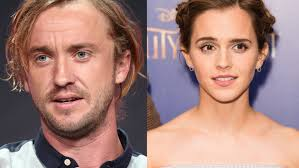 Tom felton is teaching emma watson how to play the guitar in pajamas, and posted a picture of the lesson on instagram. Are Emma Watson Tom Felton Dating This Pajama Photo Has Fans Wondering