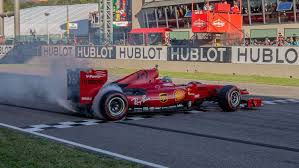 Put your driving skills to the test and you could race all the way into an official f1 team, competing in the live pro series events and go down in history to become a champion of the f1® esports series. Mugello Der Nackenbrecher Der Formel 1 Kicker