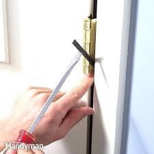 garage door doesn t close door wont close doors won t close garage door won t