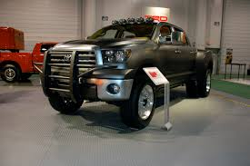 Toyota Tundra Diesel Dually Project Vehicle Photo Gallery - Autoblog