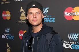 Glass Page Avicii With Suicide Committed Broken Bottle Six Reportedly vwxqBUwO